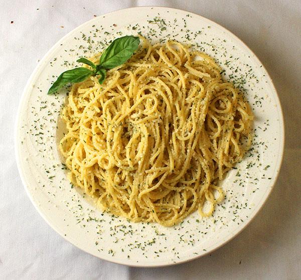 spaghettigarlicoliveoil-2